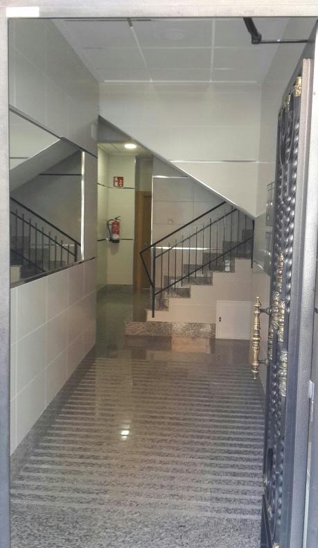 Reforma e instalación de un ascensor | Proyecons