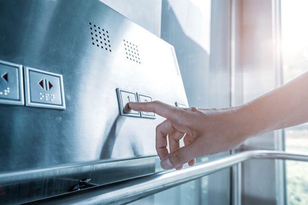instalar ascensores en edificios que no tienen | Nuestra empresa Proyecons